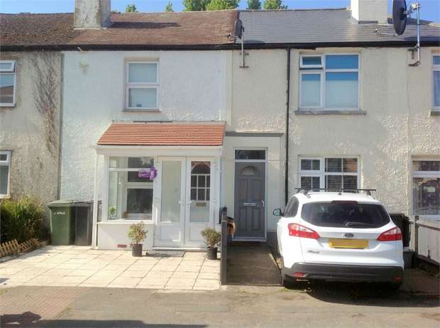 2 Bedrooms Cottage House for sale in Chessington Road, Ewell