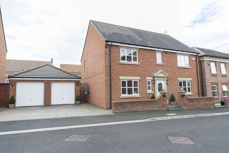4 Bedrooms Detached House for sale in Frocester Court, Ingleby Barwick, Stockton-On-Tees, TS17
