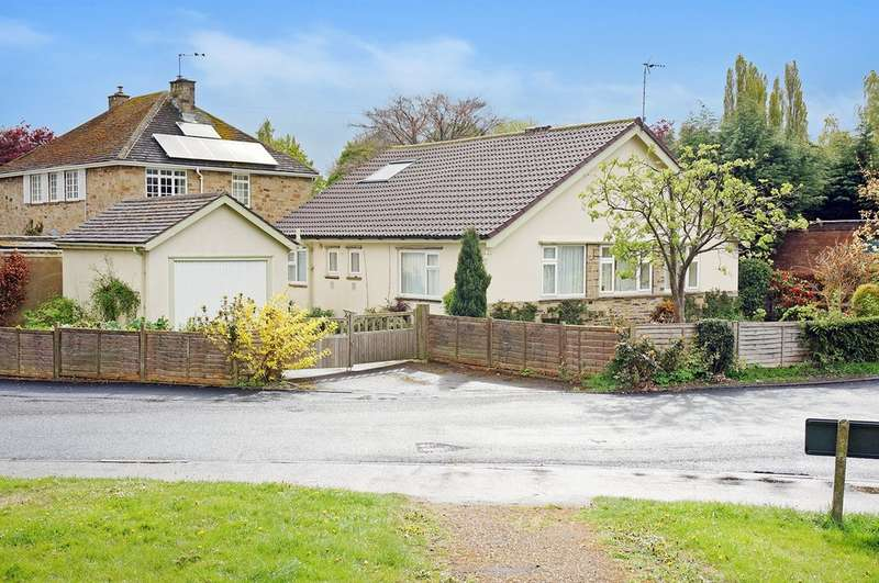 3 Bedrooms Detached Bungalow for sale in Station Lane, Collingham, Wetherby, LS22