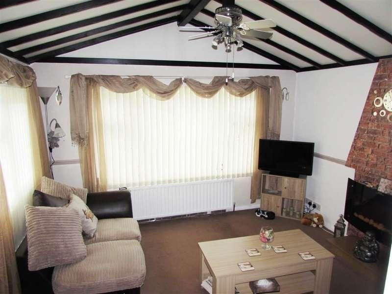 1 Bedroom Property for sale in Park Road, Briar Bank Park, Wilstead