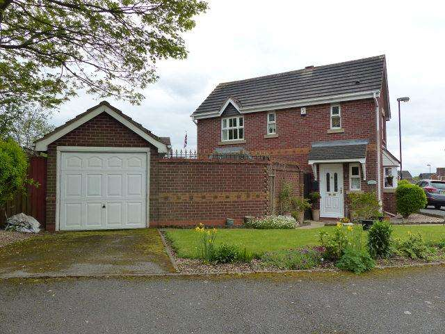 3 Bedrooms Detached House for sale in Barnetts Lane,Brownhills,Walsall