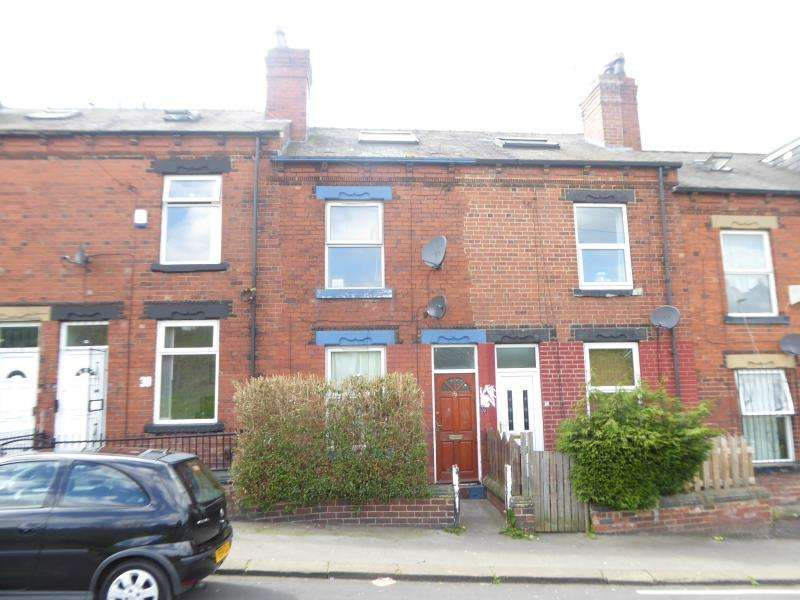 3 Bedrooms House for sale in Hovingham Grove, Harehills, LS8
