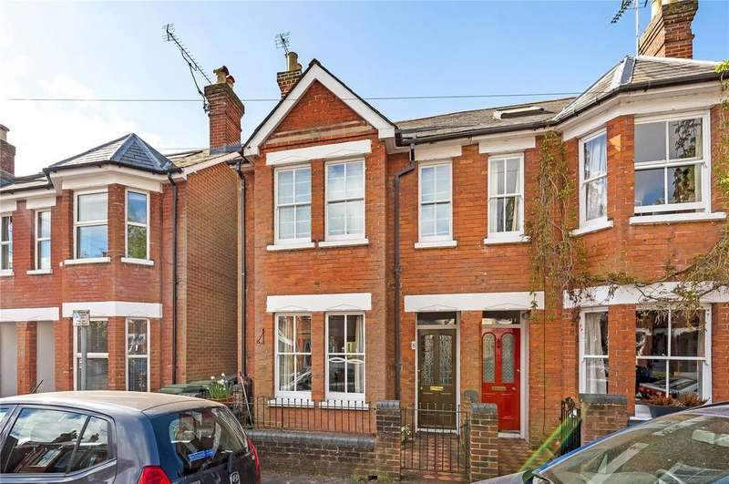 3 Bedrooms Semi Detached House for sale in Monks Road, Hyde, Winchester, SO23