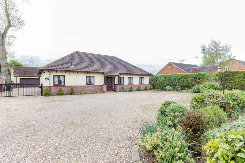 5 Bedrooms Equestrian Facility Character Property for sale in Belton Road, Sandtoft, Doncaster, Lincolnshire, DN8
