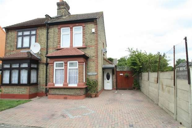 3 Bedrooms Semi Detached House for sale in Roman Road, East Ham, London