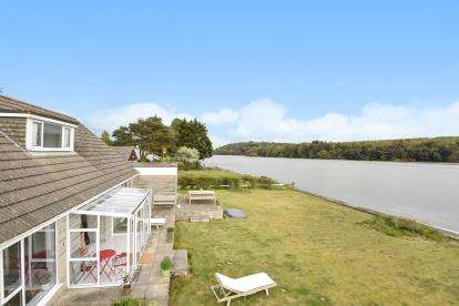 4 Bedrooms Bungalow for sale in Devoran, Truro, Cornwall