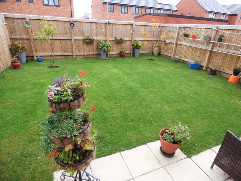3 Bedrooms Semi Detached House for sale in ***REDUCED***Oxendale Road, Redcar