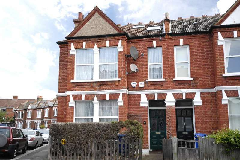3 Bedrooms Ground Flat for sale in Playfield Crescent,East Dulwich