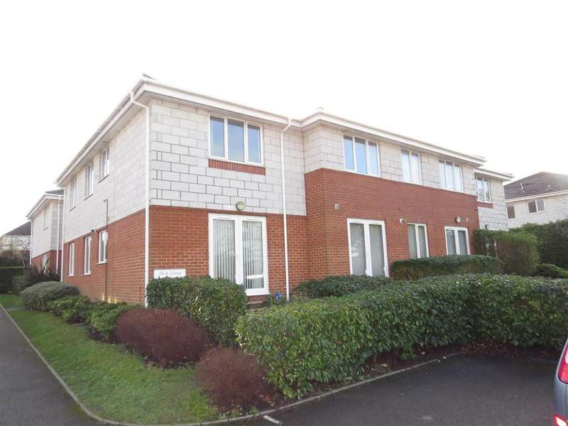 2 Bedrooms Flat for sale in Birch Grange, Oakdale Road, Poole