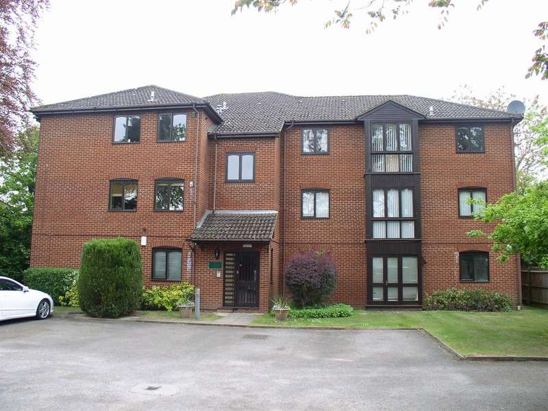 2 Bedrooms Property for sale in Castle Road, Glenlyon Court, Weybridge