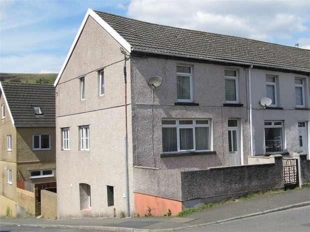4 Bedrooms End Of Terrace House for sale in Oakfield Terrace, Nantymoel, Bridgend, Mid Glamorgan