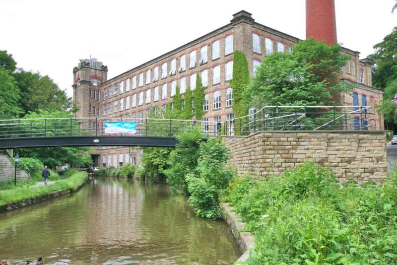 2 Bedrooms Apartment Flat for sale in Clarence Mill, Bollington