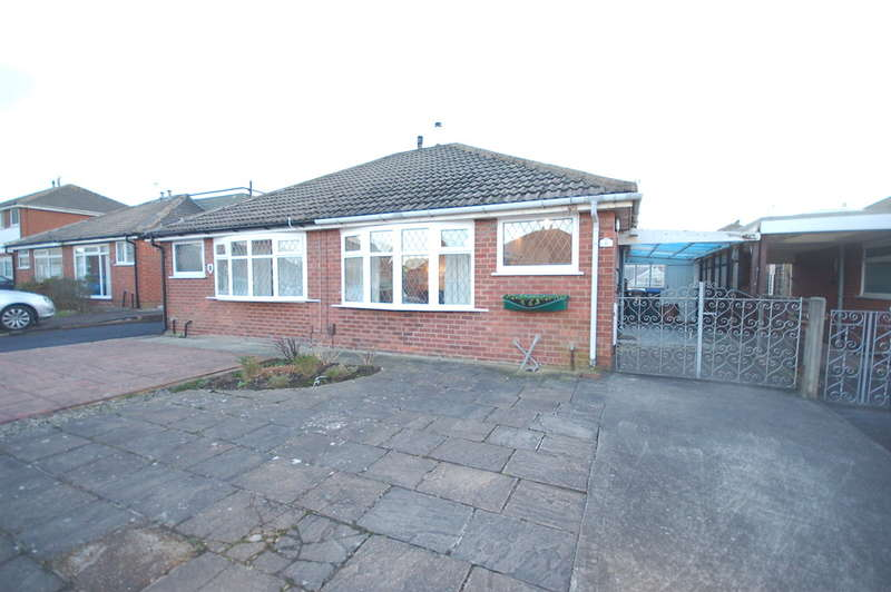 2 Bedrooms Semi Detached Bungalow for sale in West Side, Blackpool