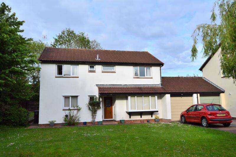 4 Bedrooms Detached House for sale in Scott Close, Staplegrove Park, Taunton, Somerset