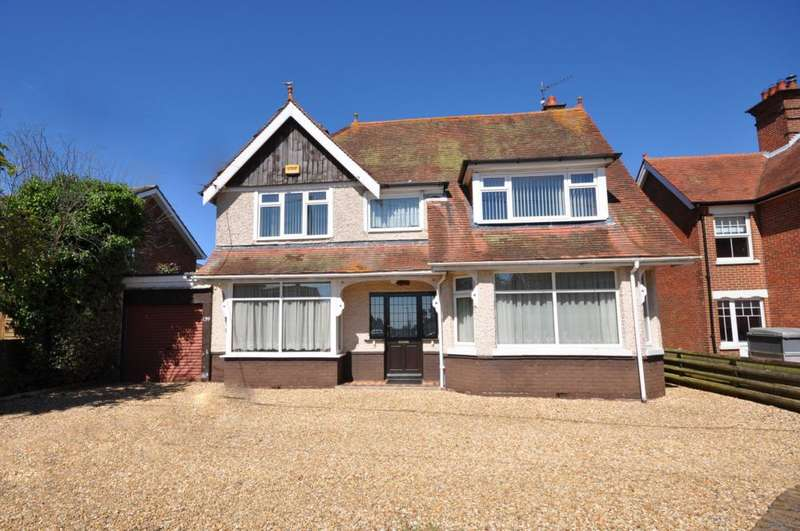 4 Bedrooms Detached House for sale in Hightown, Ringwood, BH24 1NL