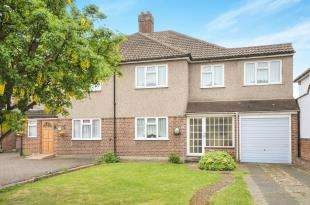 4 Bedrooms Semi Detached House for sale in Main Road, Sidcup, Kent, .