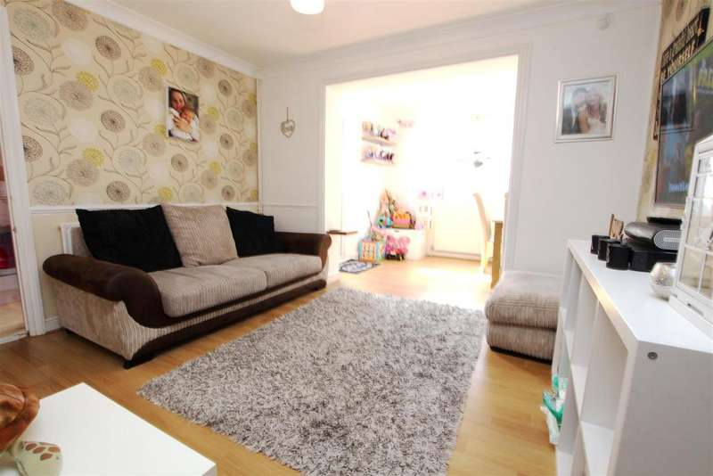 2 Bedrooms Terraced House for sale in Walker Close, Crayford