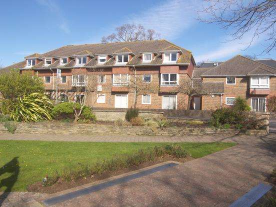2 Bedrooms Flat for sale in 4 Horndean Road, Emsworth, Hampshire
