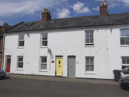 3 Bedrooms Terraced House for sale in Langstone, Havant, Hampshire