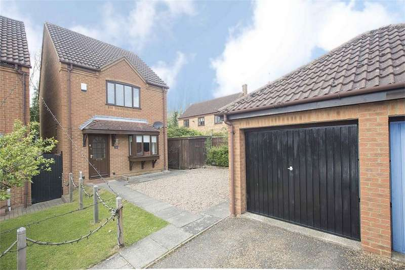 3 Bedrooms Detached House for sale in Lower Pastures, Great Oakley, Northamptonshire