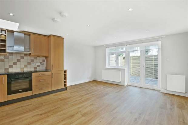 3 Bedrooms Flat for sale in Acton Lane, Chiswick