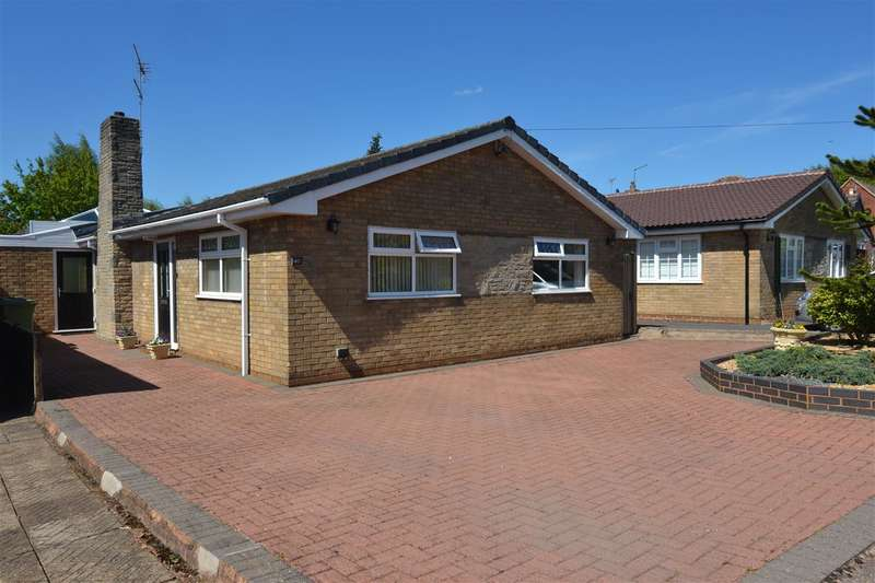 3 Bedrooms Detached Bungalow for sale in Victoria Way, Stafford