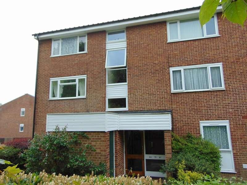 1 Bedroom Flat for sale in Bellfield, Pixton Way, Forestdale, CR0 9JX