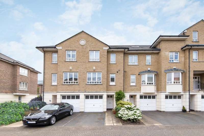 4 Bedrooms Terraced House for sale in May Bate Avenue, Kingston upon Thames KT2