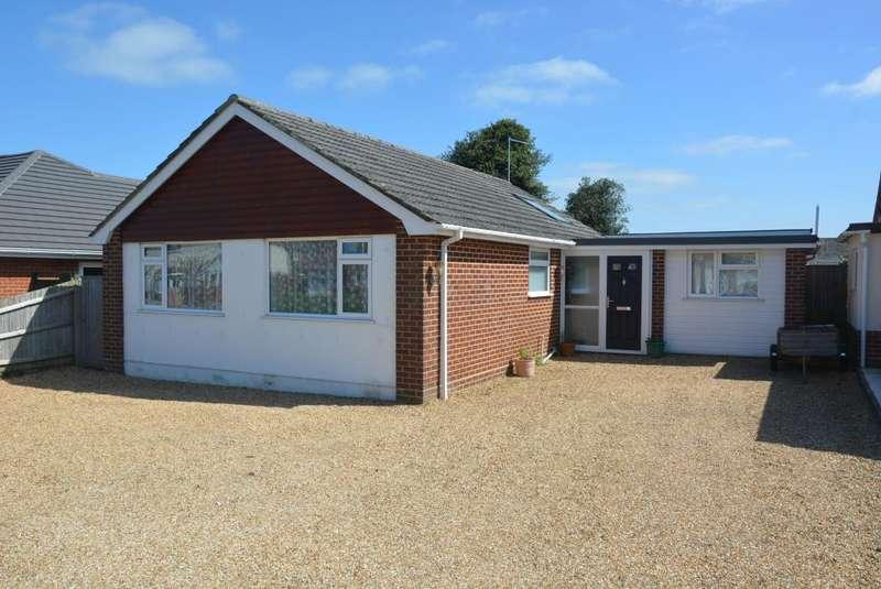 4 Bedrooms Detached Bungalow for sale in WIMBORNE