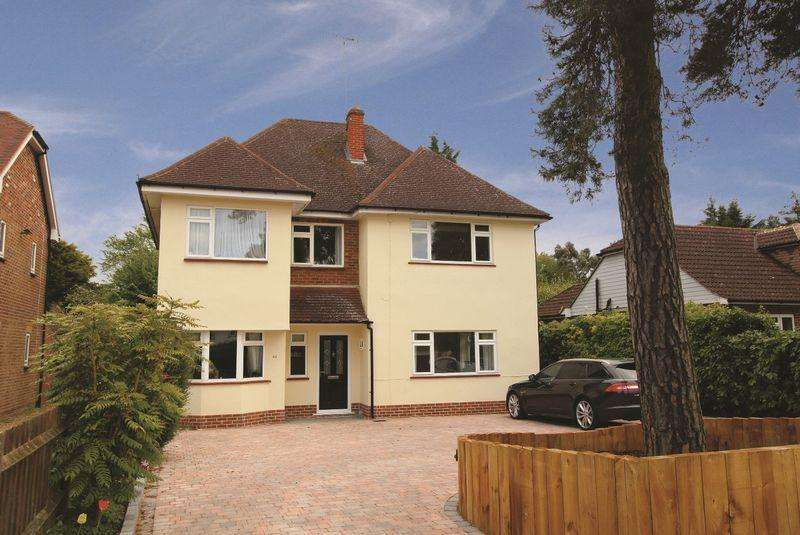 6 Bedrooms Detached House for sale in ESSENDENE ROAD, CATERHAM ON THE HILL