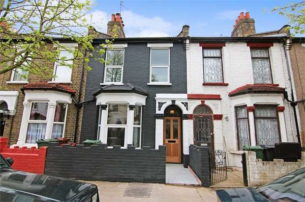 3 Bedrooms Terraced House for sale in Lynmouth Road, Walthamstow, London