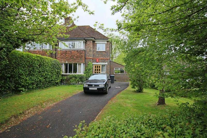 3 Bedrooms Semi Detached House for sale in College Lane, Hurstpierpoint, West Sussex, BN6 9AJ