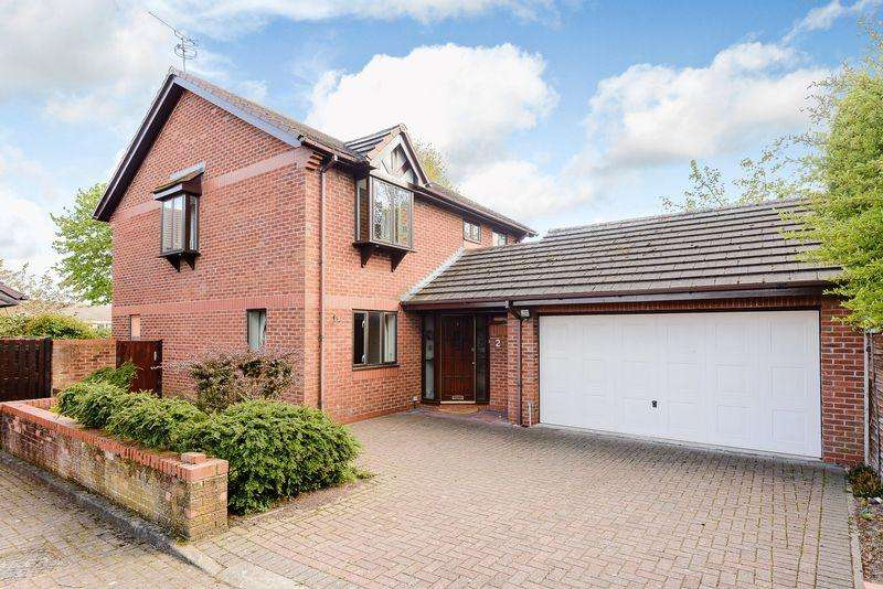 4 Bedrooms Detached House for sale in Tarvin, Nr. Chester