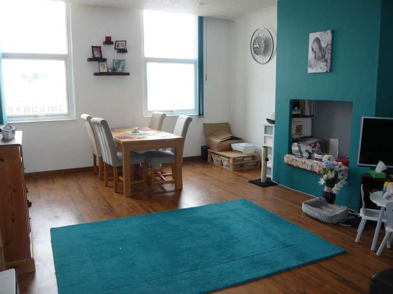 2 Bedrooms Flat for sale in The Parade, Exmouth