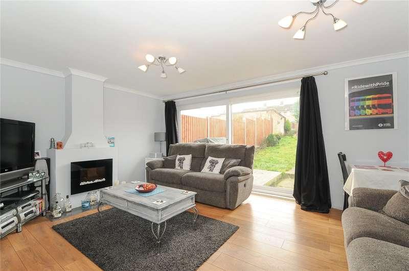 3 Bedrooms End Of Terrace House for sale in Fennycroft Road, Hemel Hempstead, Hertfordshire, HP1