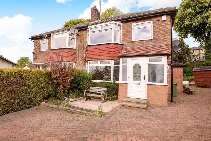 3 Bedrooms Semi Detached House for sale in Rufford Bank, Yeadon, Leeds, LS19 7QY