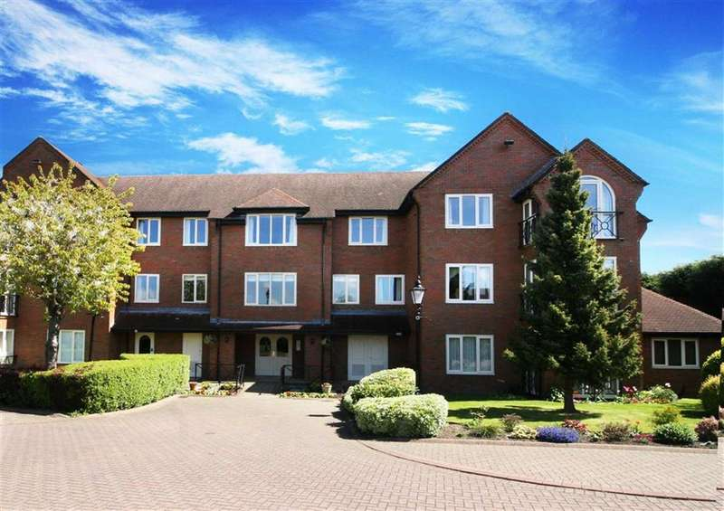 2 Bedrooms Flat for sale in Greystoke Park, Gosforth, Newcastle Upont Tyne