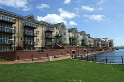 2 Bedrooms Flat for rent in Adventurers Quay, Cardiff