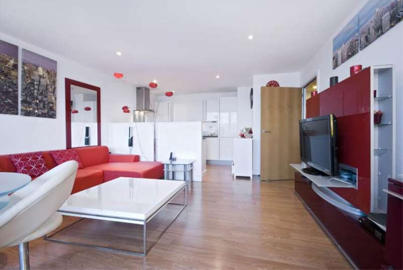 2 Bedrooms Flat for sale in Albert Basin Way, E16