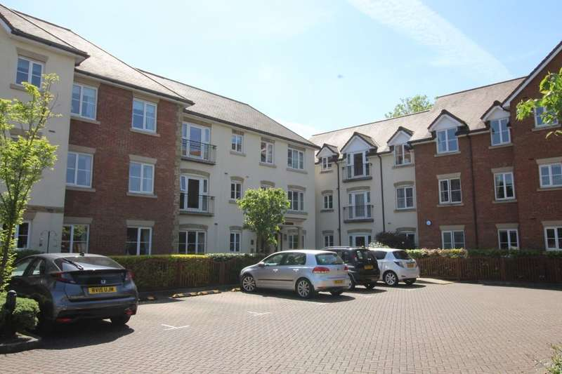 1 Bedroom Flat for sale in Albany Place, Egham, TW20