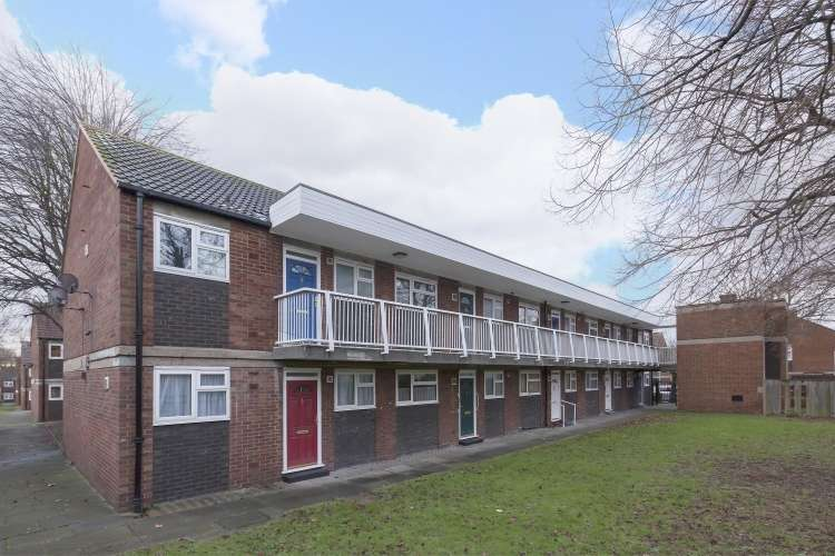 Flat for sale in Corelli Road Blackheath SE3