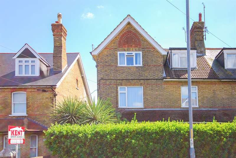2 Bedrooms Flat for sale in 53 Westgate Bay Avenue, Westgate-on-Sea