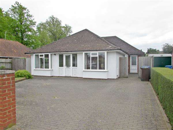 5 Bedrooms Detached House for sale in Chelsworth Avenue, Ipswich