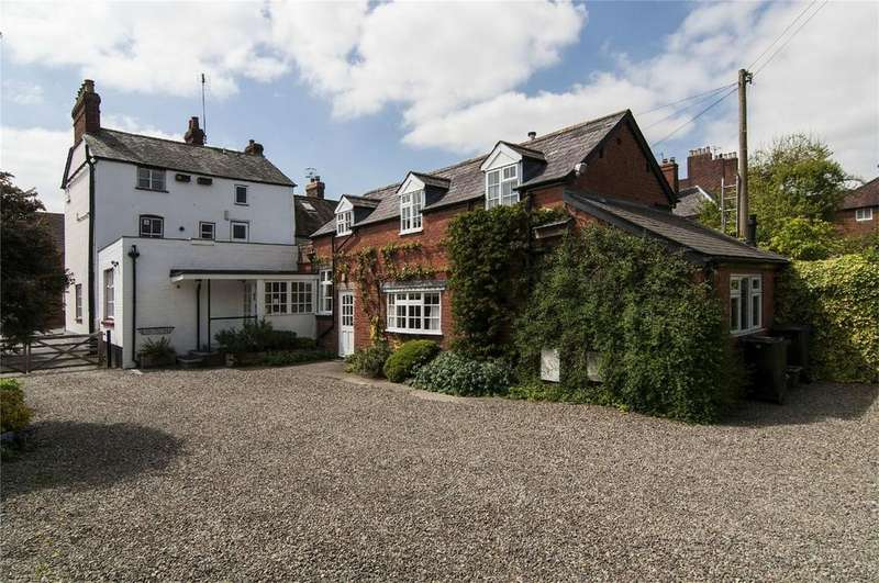 6 Bedrooms Semi Detached House for sale in Hen and Chickens Guest House, 103 Old Street, Ludlow, Shropshire
