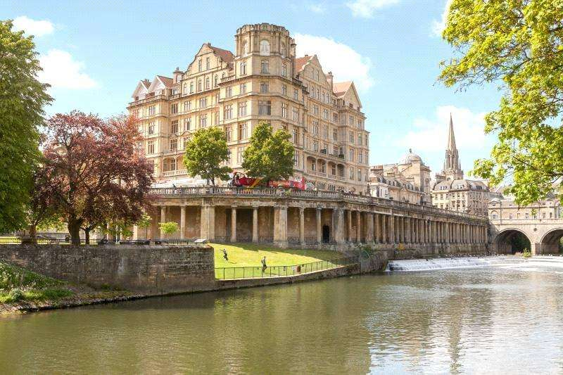 2 Bedrooms Flat for sale in The Empire, Grand Parade, Bath, BA2