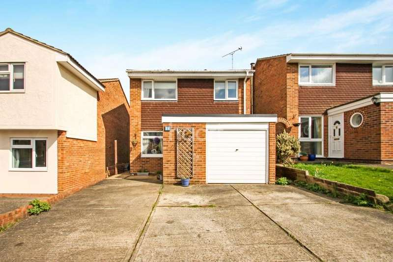 3 Bedrooms Detached House for sale in St. Vincent Chase, Braintree