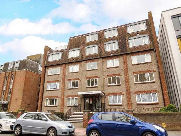 1 Bedroom Retirement Property for sale in St. Leonards Road, Eastbourne, Eastbourne, BN21