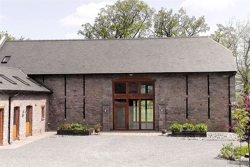 5 Bedrooms Barn Conversion Character Property for sale in Serenity Barn, Maesyronnen, Glasbury-On-Wye
