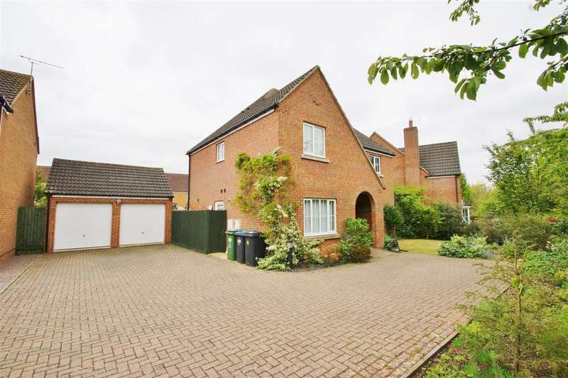 4 Bedrooms Detached House for sale in Durrell Drive, Cawston, Rugby