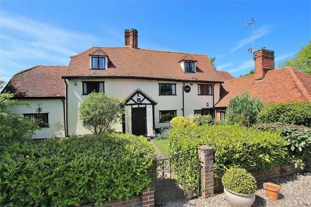 6 Bedrooms Detached House for sale in Broxted, Nr Henham, Essex